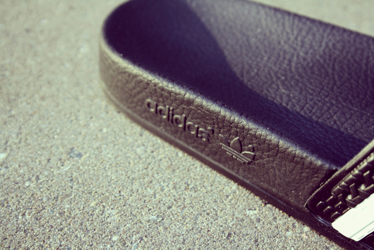 Adidas Adillettes slides comeback