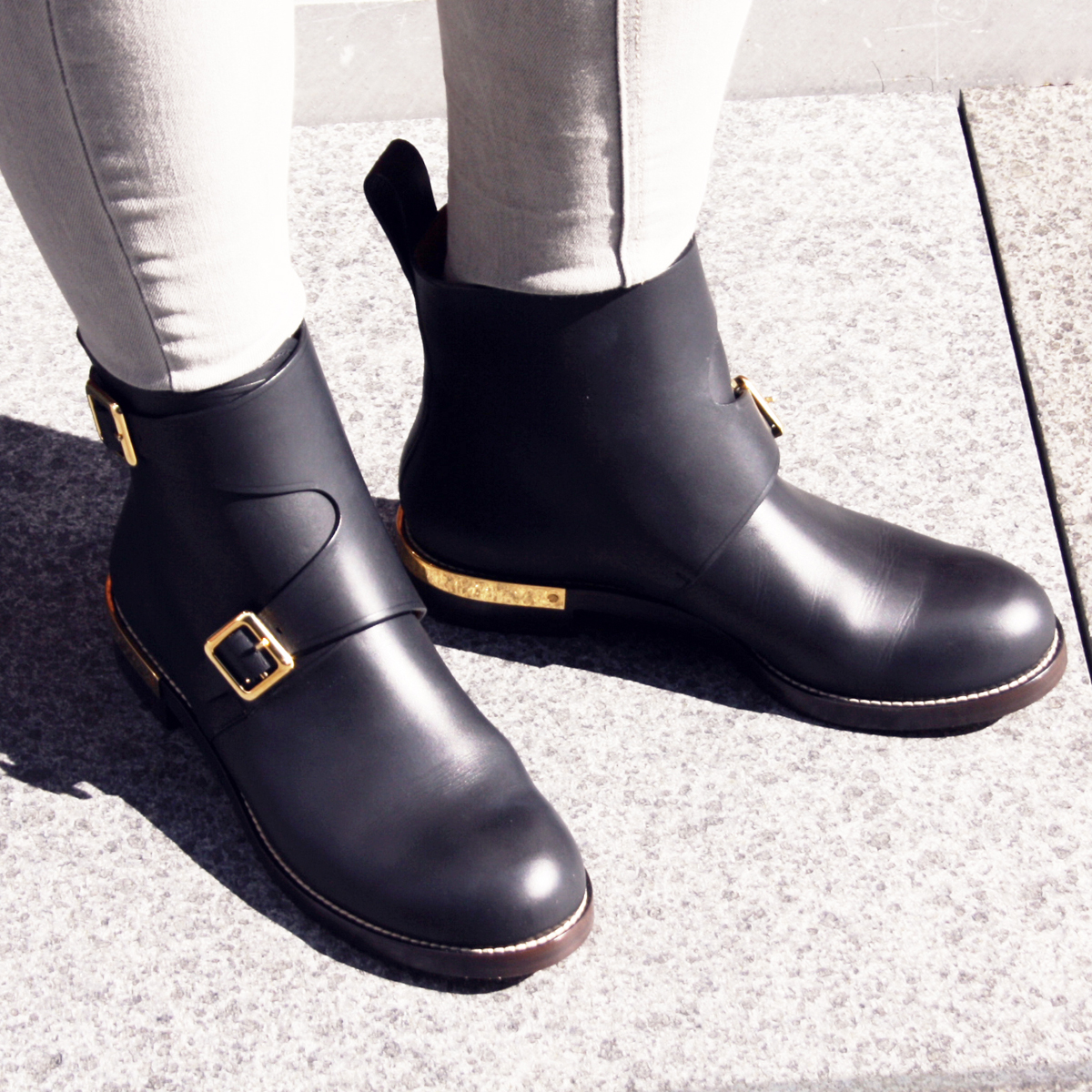 my fall preparation chloe biker boots and a thousand words. Black Bedroom Furniture Sets. Home Design Ideas