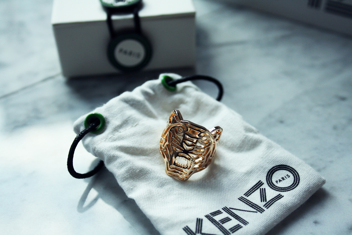 Kenzo S Gold Tiger And A Thousand Words