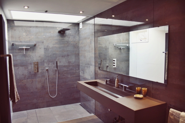 Bathroom nature stone glass ceiling