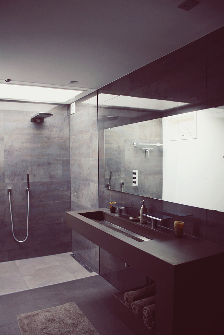 Bathroom nature stone glass seiling