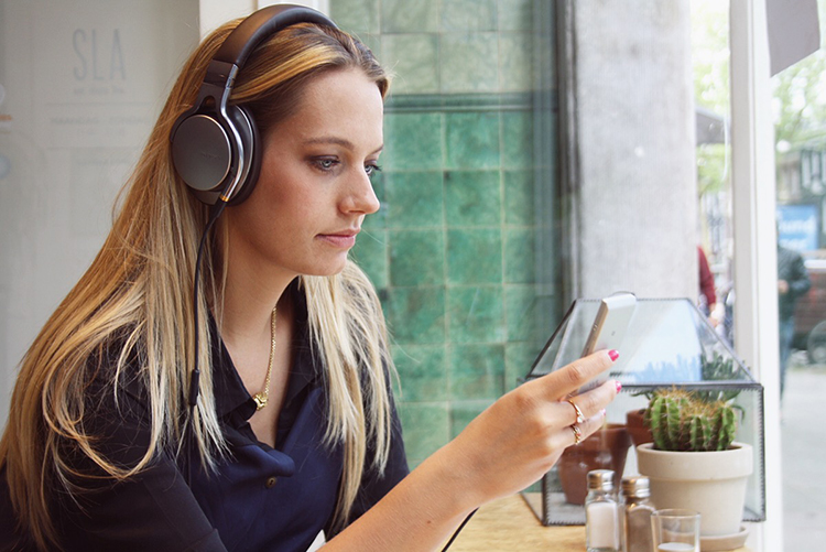 Sony mdr1 headphones review fashion blogger