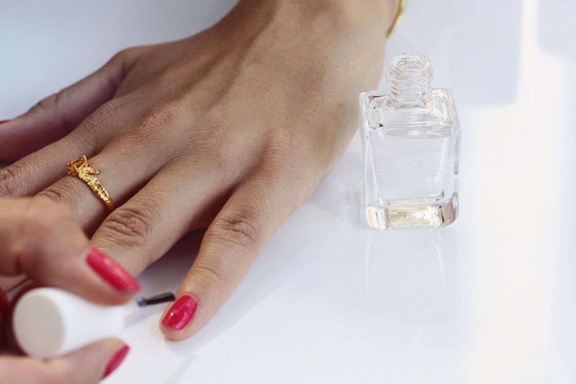 Fashion blogger review Formula X nailpolish shellac