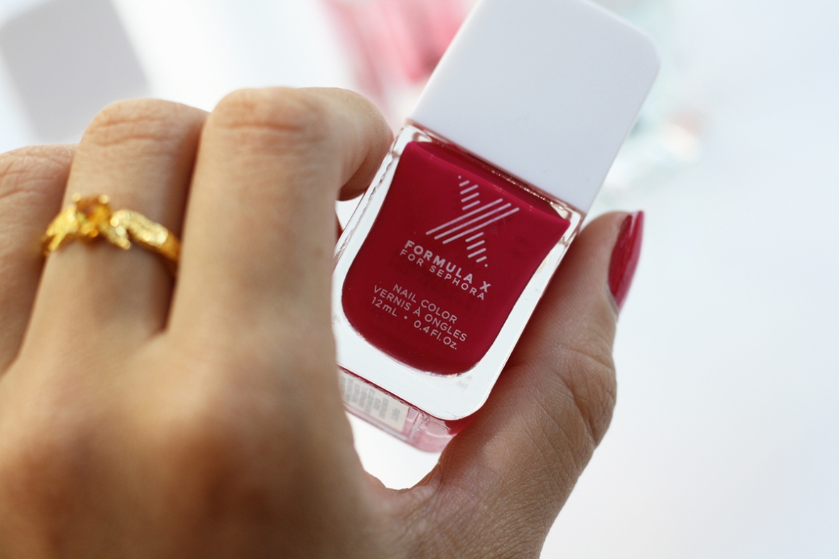 Fashion blogger review Formula X nailpolish shellac