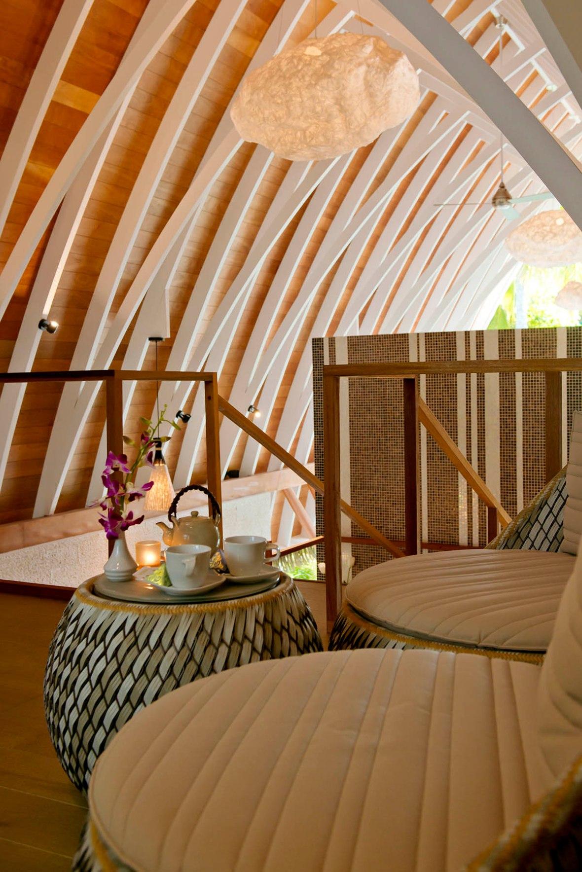 Kandolhu Island Spa review Maldives Blogger