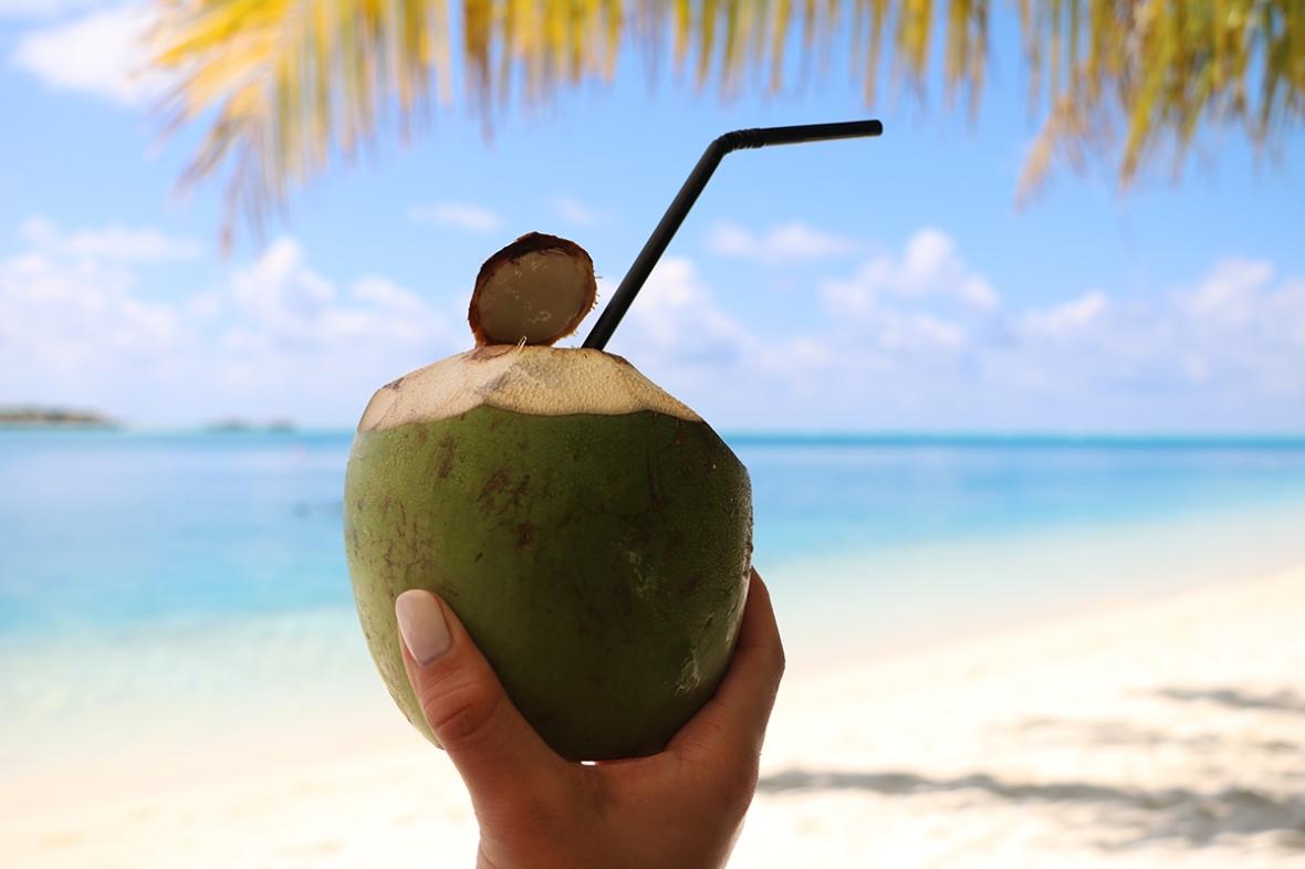 Fashion blogger Food Review Conrad Rangali island MaldivesLR