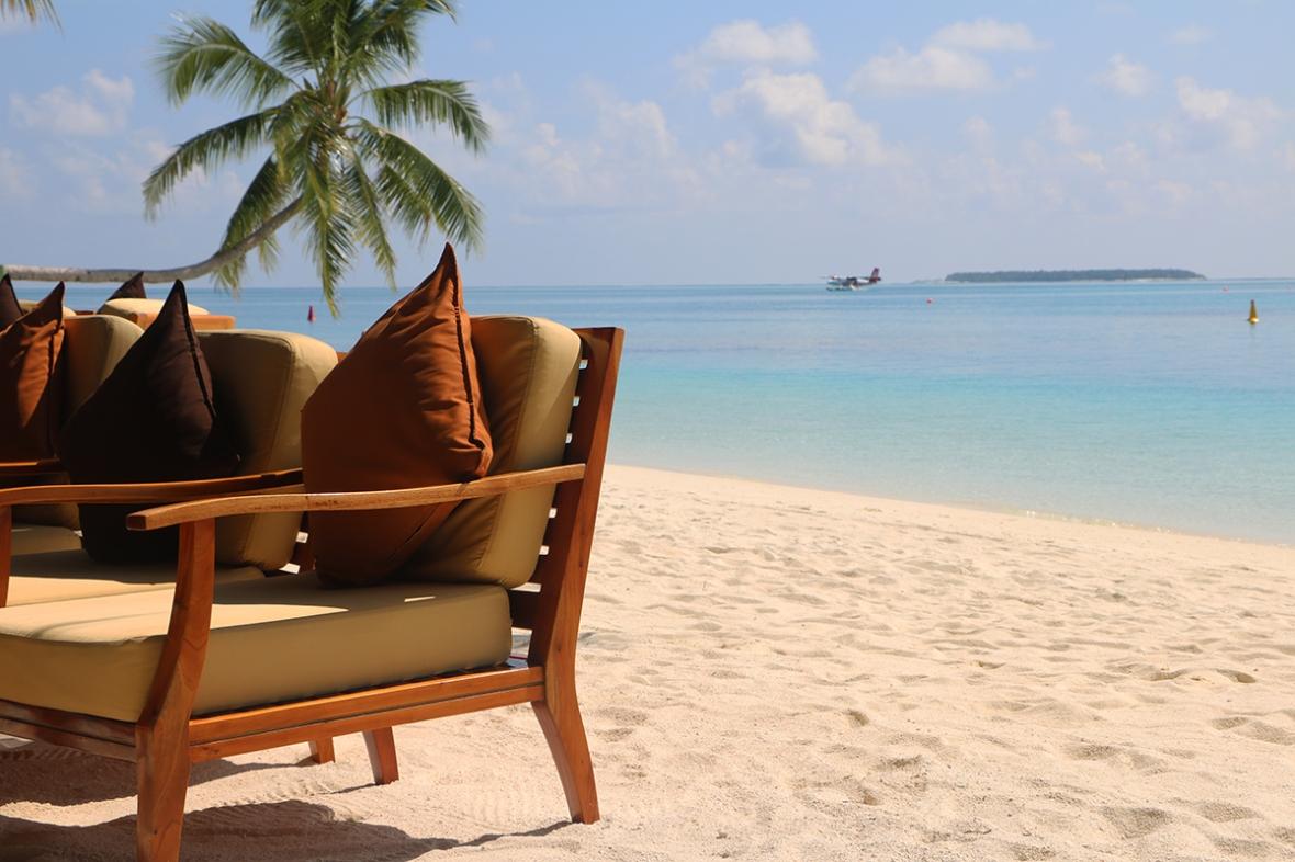 Fashion blogger Review Conrad Rangali island Maldives