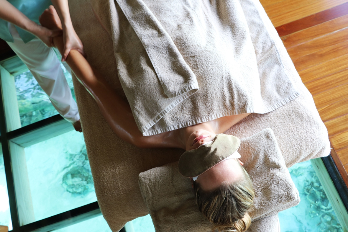 Spa review Fashion blogger Conrad Rangali Maldives
