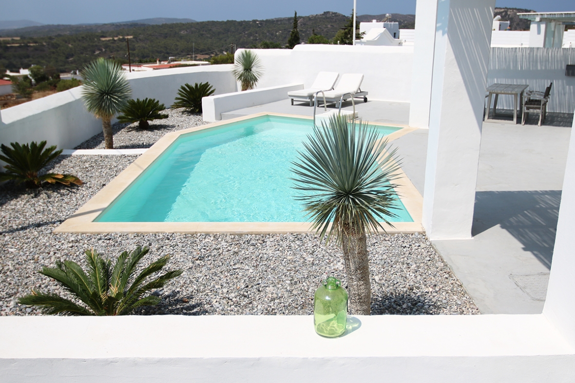 White Village hotel rhodes greece blogger Luxury Villa pool