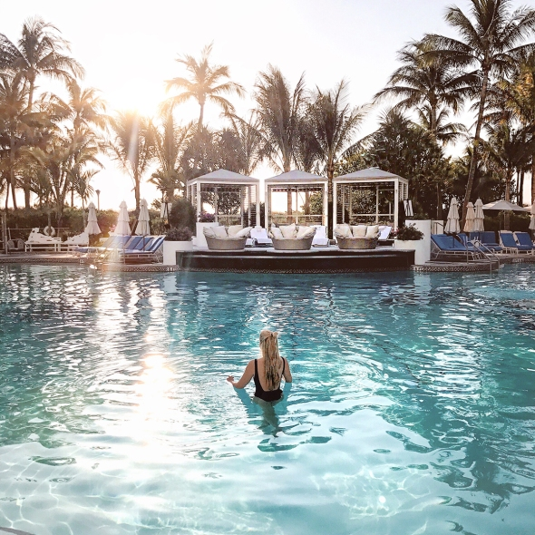 Fashion Blogger Review Loews Miami Merel van Poorten