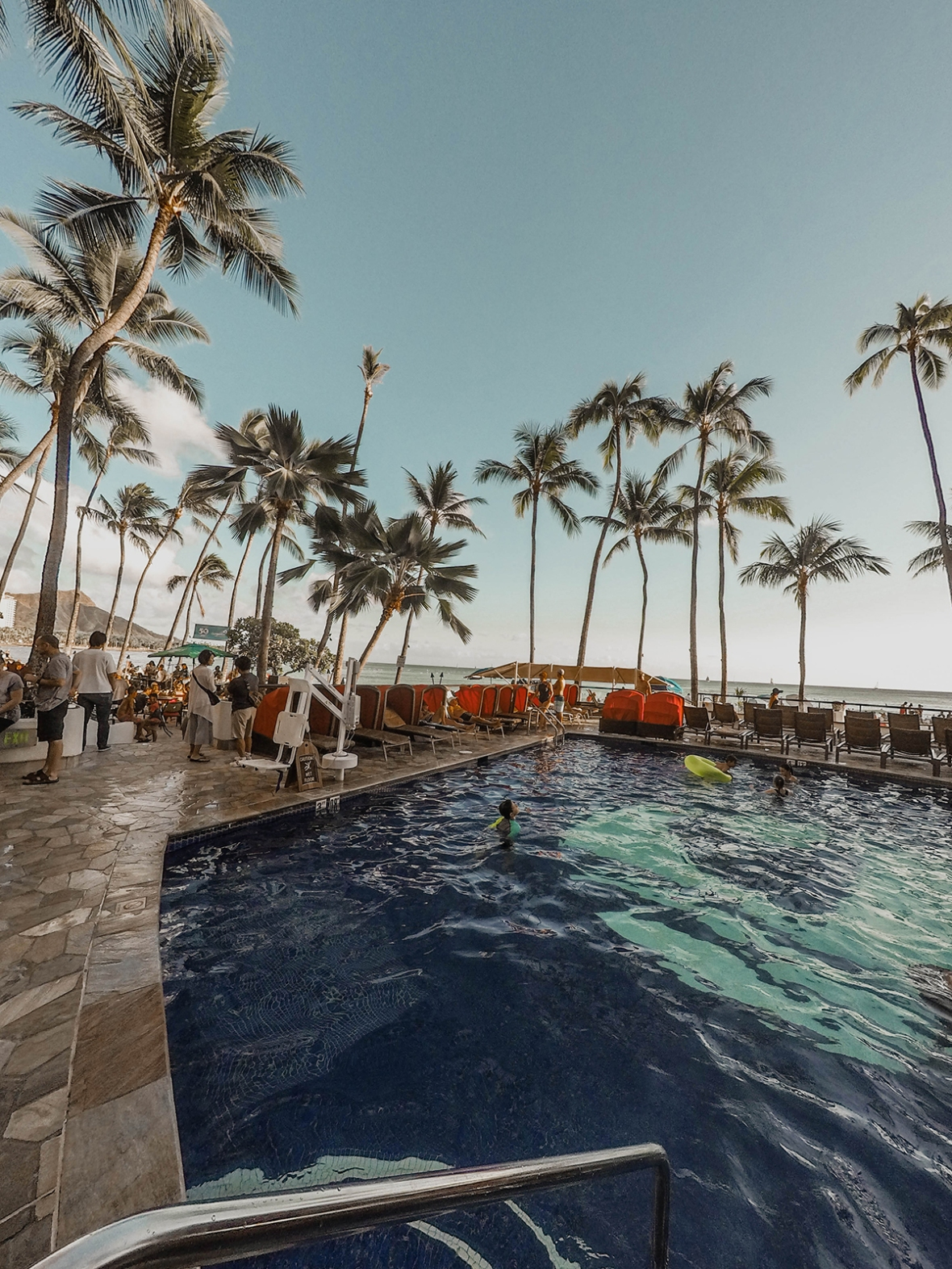 Hotel Review Outrigger Merel