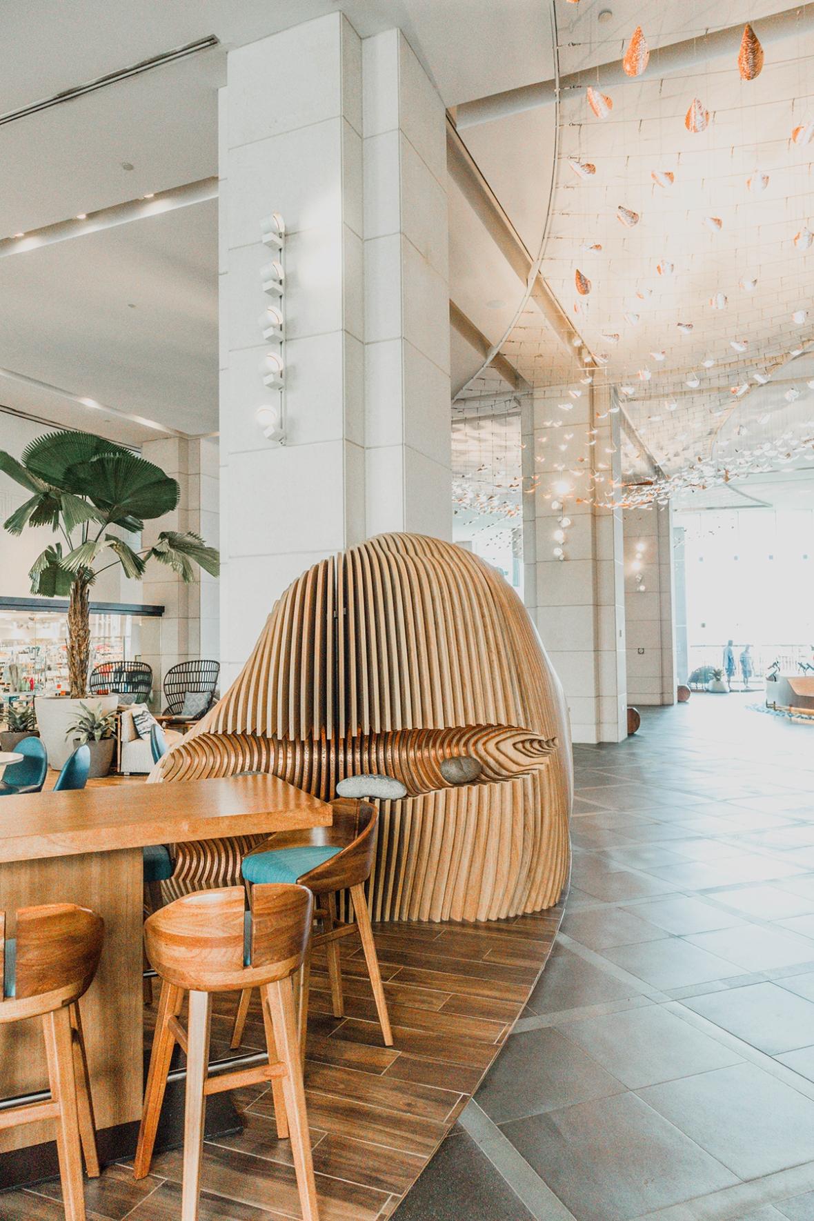 Prince Waikiki Hawaii Hotel Review Blogger Merel Lobby