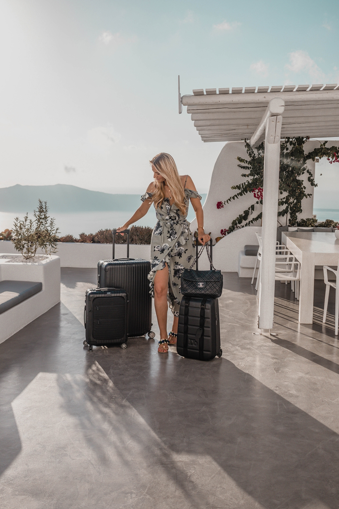 Blogger Review AATW x Erossea Suitcases